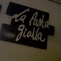 Foto tirada no(a) La Pasta Gialla por Erik C. em 11/8/2011