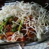Photo taken at ไม้โมกข์ by J-Jin on 9/12/2012