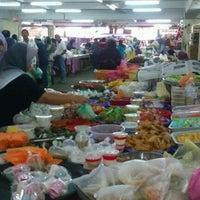 Photo taken at Pasar Payang by Saufi F. on 9/30/2011