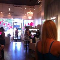 Foto diambil di Swink Style Bar oleh Heidi D. pada 7/23/2011