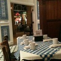 10/15/2011 tarihinde Dee K.ziyaretçi tarafından Le Cafe Ile St-Louis'de çekilen fotoğraf