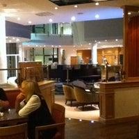 Das Foto wurde bei Sheraton Munich Airport Hotel von Adam S. am 6/9/2011 aufgenommen