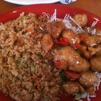 Photo taken at Pei Wei by Cherise E. on 10/16/2011