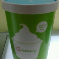 Photo taken at Pinkberry by Helen A. on 9/25/2011