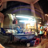 Photo taken at Night Food Stall Street by Deeda P. on 8/25/2012