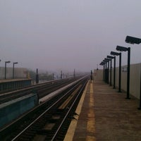 Photo taken at MTA Subway - 88th St/Boyd Ave (A) by Edgar L. on 9/23/2011