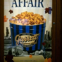 Photo taken at Garrett Popcorn Shops by Bart L. on 10/21/2011