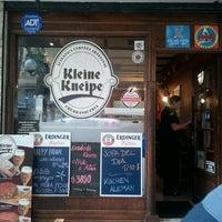 Foto tomada en Kleine Kneipe por alejandro l. el 4/13/2012