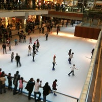 3/11/2012 tarihinde Cori F.ziyaretçi tarafından The Galleria'de çekilen fotoğraf