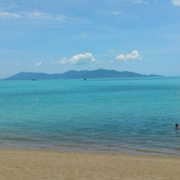 Photo taken at Bophut Beach by Josep C. on 9/8/2012