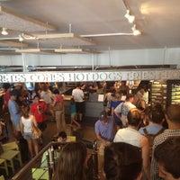6/23/2012 tarihinde Jorge G.ziyaretçi tarafından Shake Shack'de çekilen fotoğraf