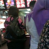 Photo taken at McDonald's by Darwisyady on 6/8/2012
