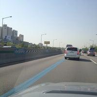 Photo taken at Gyeongbu Expwy by Daewook Ban on 4/30/2012