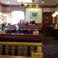 Photo taken at Friendly's by Ingrid N. on 8/19/2012