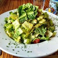 4/10/2012 tarihinde Michael I.ziyaretçi tarafından Sabrina's Cafe @ Powelton'de çekilen fotoğraf