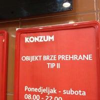 Photo taken at Super Konzum by Željko B. on 4/29/2012