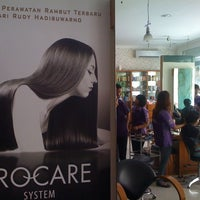 Photo taken at Salon Rudy Hadisuwarno by diethanime m. on 4/15/2012