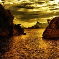 Foto tirada no(a) Praia de Boa Viagem por Anderson R. em 2/13/2012