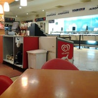 Foto tomada en Terminal Estrella Roja 4 Poniente por Luis Fer S. el 7/1/2012