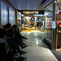 Photo taken at 카시나 눈스퀘어점 by MK K. on 4/14/2012