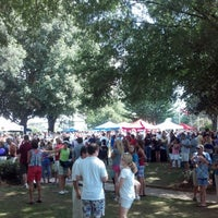 Photo taken at Historic Roswell Town Square by Peter T. on 8/26/2012