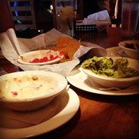 Foto tomada en Mucho Tequila And Tacos por Brandon M. el 5/6/2012