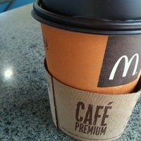 Photo taken at McDonald's by Thiago &. on 4/17/2012