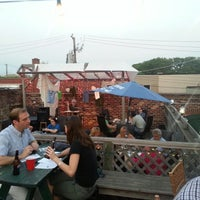 6/29/2012 tarihinde Andrew H.ziyaretçi tarafından Rocky Sullivan's'de çekilen fotoğraf