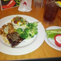 Photo taken at Chili's Grill & Bar by Jamiel A. on 8/5/2012