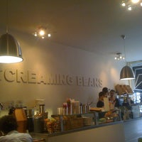 Photo taken at Screaming Beans by Baris A. on 8/6/2012