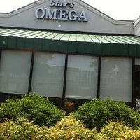 Photo taken at Stax's Omega by Chip L. on 5/26/2012