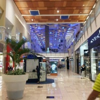 Foto tomada en Mall Multiplaza Pacific por Osvaldo E. el 8/12/2012