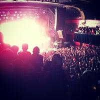 6/6/2012 tarihinde Seth W.ziyaretçi tarafından Ogden Theatre'de çekilen fotoğraf