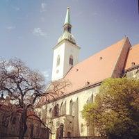 4/3/2012 tarihinde Corey D.ziyaretçi tarafından Katedrála svätého Martina'de çekilen fotoğraf