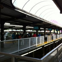 Foto tirada no(a) Seattle Center Station - Seattle Center Monorail por Michael B. em 6/11/2012
