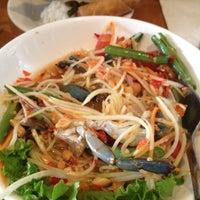 3/16/2012 tarihinde Dennixziyaretçi tarafından Wondee Siam I'de çekilen fotoğraf