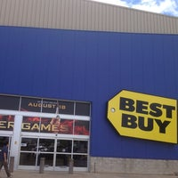 Photo taken at Best Buy by Ken G. on 9/11/2012