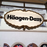 Photo taken at Häagen-Dazs by Freddy O. on 7/4/2012