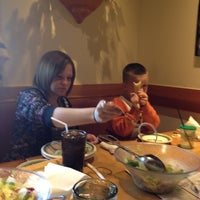 Photo taken at Olive Garden by Kendra D. on 4/6/2012