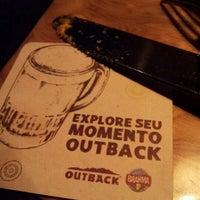 Foto tirada no(a) Outback Steakhouse por Rafael M. em 3/18/2012