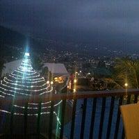 Photo taken at Jambuluwuk Batu Resort by Doni K. on 8/26/2012
