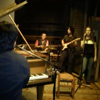 Photo taken at Thelonious, Lugar de Jazz by Mabi S. on 10/30/2011