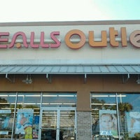 Photo taken at Bealls Store by Teresa on 2/11/2012