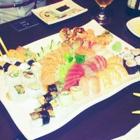 Photo taken at Restaurante Sushi Tori | 鳥 by Rafael B. on 11/5/2011