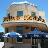 Photo taken at Mellow Mushroom by Marc C. on 5/29/2011