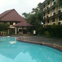 Photo taken at La Filipiniana Hotel by Lynne d. on 11/17/2011