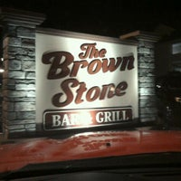 Photo taken at The Brown Stone Bar & Grill by Tommy ♓️🚗💨🚓 on 11/5/2011