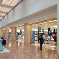 Foto tomada en Sears por Brian B. el 6/22/2012