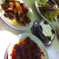 4/26/2012 tarihinde Kıvanç 🐾ziyaretçi tarafından Baba Restaurant'de çekilen fotoğraf