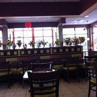 Photo taken at Arby's by Hector C. on 1/21/2012